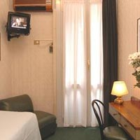 3 photo hotel HOTEL LONDON, Milan, Italy