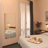 4 photo hotel HOTEL LONDON, Milan, Italy